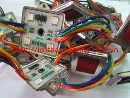 Led hắt  4 bóng full colour (ic6803)