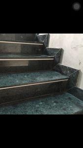 Cầu thang đá xanh ngọc