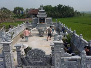 Lăng mộ đá 3
