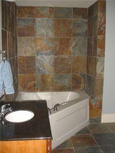 Phòng tắm đá đa sắc