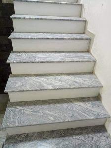 Cau thang bo da Granite Trang Sa Mac