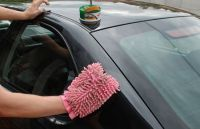 Mẹo lau sạch vết sơn trên vỏ ô tô