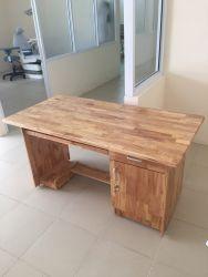 Bàn BVT 1260 CP gỗ cao su