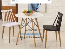 bàn ghế chân đan trắng đen