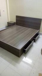 giường gỗ 1620X có ngăn kéo