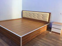 giường gỗ bọc đệm GG2D