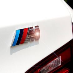 Logo nổi M3