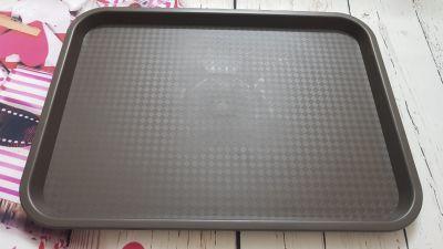 Khay nhựa phục vụ hình chữ nhật chống trượt size: 35 x 27 cm
