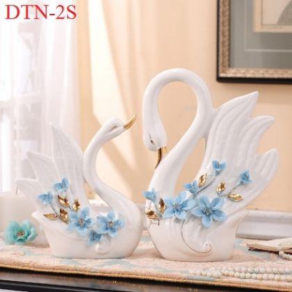 Cặp thiên nga sứ trắng hoa xanh cao cấp