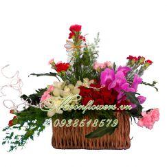 Lẵng hoa hạnh phúc