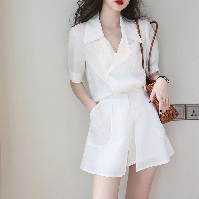 513055 - Set áo và quần ngắn hè phù hợp dáng người nhỏ - giá 560k