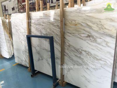 Sự thật về đá tự nhiên Marble Calacatta Borghini trắng Ý