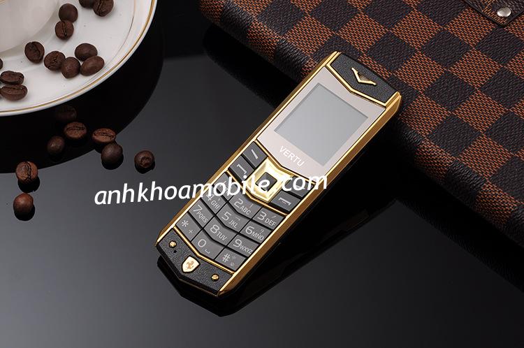 Điện thoại Vertu A8 (V403) sang trọng tinh tế