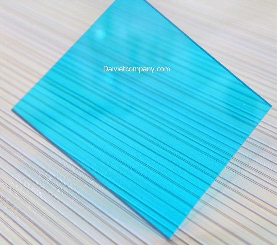 polycarbonate blue green