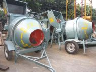 Máy trộn bê tông Song Linh JZC200