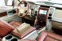 Hộp khăn giấy dùng trên xe hơi, xe ô tô