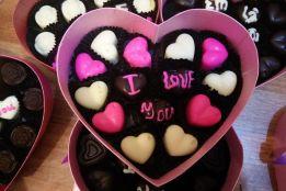 Bán buôn Socola Valentine 2018 giá rẻ, socola chất lượng cao tại Maika Chocolate
