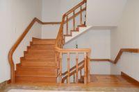 Những mẫu cầu thang gỗ phổ biến