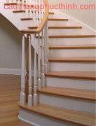 Cầu thang gỗ PT 001