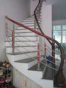 Cầu thang inox PT 017
