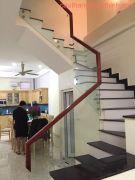 Cầu thang kính PT 018