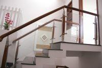 Cầu thang kính PT 005