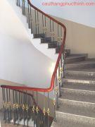 Cầu thang sắt PT 07