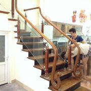 Cầu thang kính PT 013