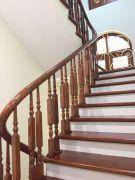 Cầu thang gỗ PT 004