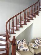Cầu thang gỗ PT 012