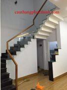 Cầu thang kính PT 009