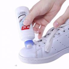 Chai vệ sinh giày và túi xách (chai lăn)
