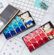 Hoa Hồng 3D Sáp 12 Bông Kèm Gấu Sweet Love