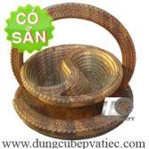 Khay đựng bánh mứt tết bằng gỗ hình âm dương KG2K-30-DT