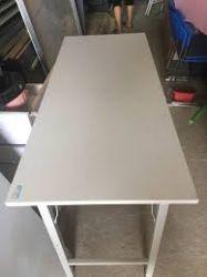 bàn làm việc chân sắt 16x60 BOV1606