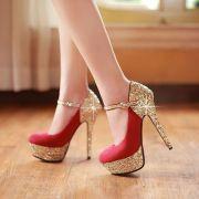 Top 10 giày cao gót bít mũi có quai sang chảnh cho phái đẹp