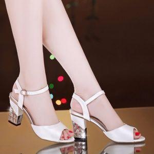 Giày da gót vuông đính đá cao cấp