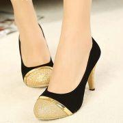 Giày Cao Gót Bít Mũi Viền Vàng Sang Chảnh