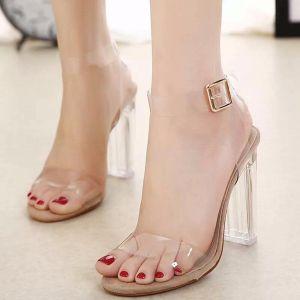 giày cao gót đế vuông trong suốt