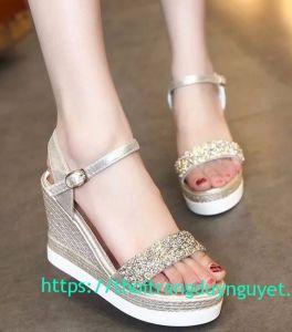 Đôi sandal kim tuyến lấp lánh cao cấp
