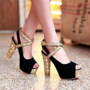 Giày cao gót quai đan kim tuyến