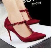 Giày cao gót nữ mũi nhọn phối hoa hồng 3D
