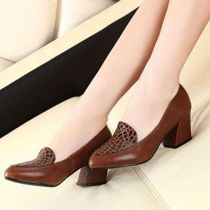 Giày gót vuông phối vân cá