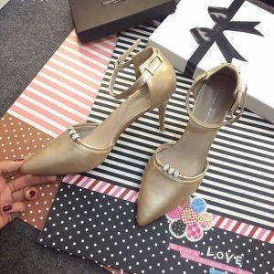Giày cao gót hạt đá trang trí