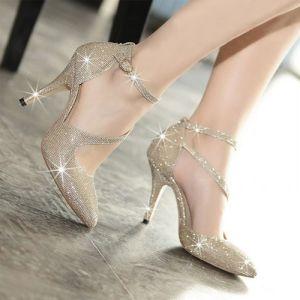 Giày cao gót kim tuyến quai soắn