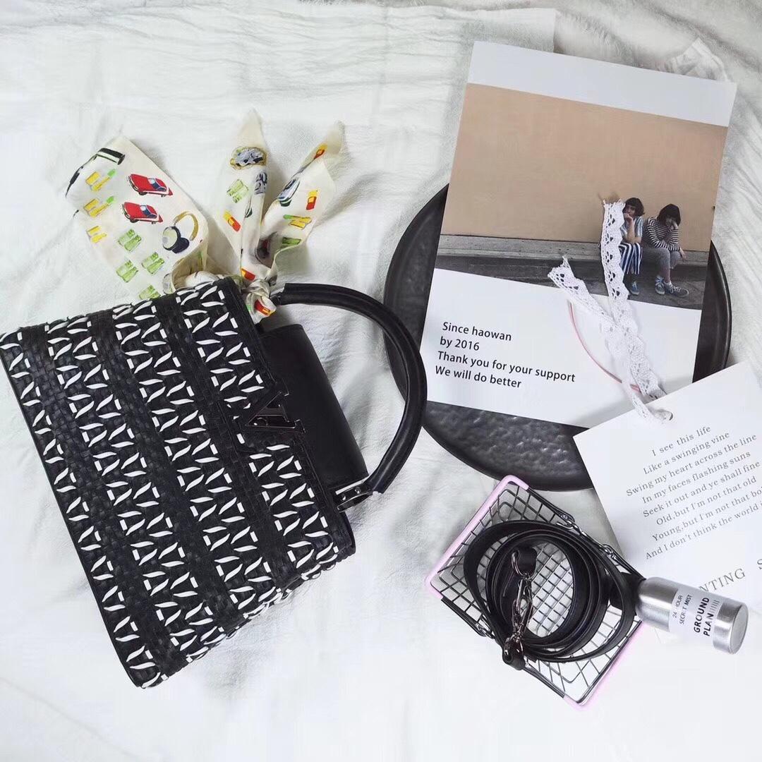 Túi xách Louis Vuitton Capucines siêu cấp - TXLV133
