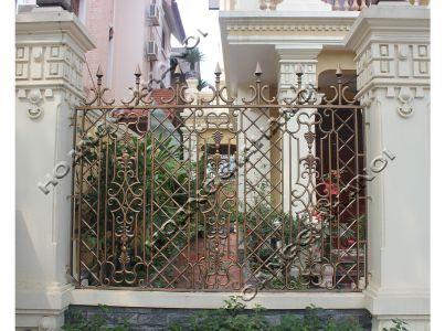 Những mẫu cổng hàng rào đồng đúc cho biệt thự ngoại ô