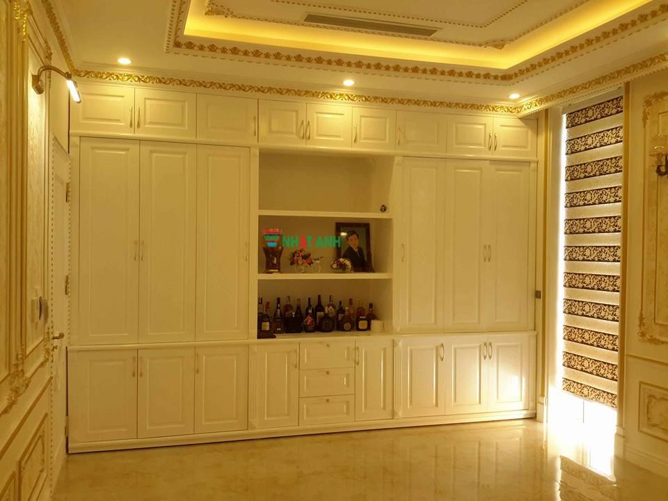 Tủ rượu + tủ trang trí nhà khách hàng