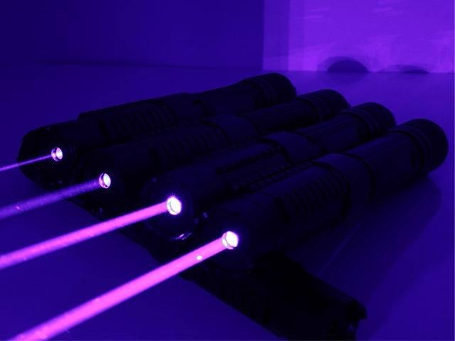 Đèn Laser 820 3000MW - 5 đầu ngàn sao cao cấp