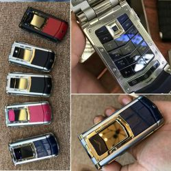 Vertu Ayxta Hot Blue Alligator Ceramic Keys